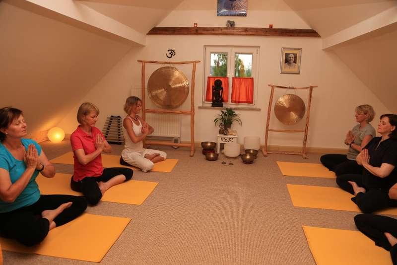 Yoga,Klang & Selbsterfahrung